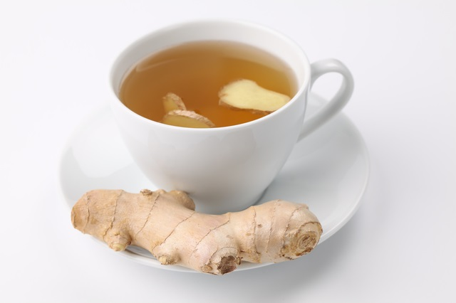 生姜とお茶で体を温める飲み物