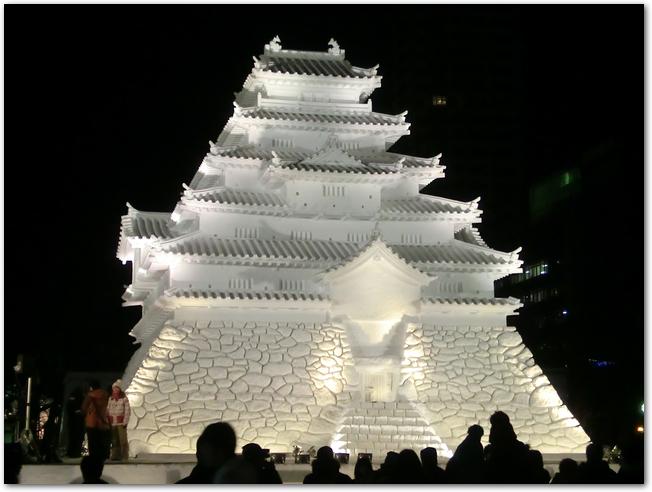 さっぽろ雪まつりお城の雪像