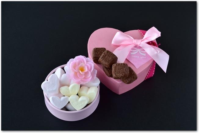 バレンタインチョコとマシュマロのラッピング