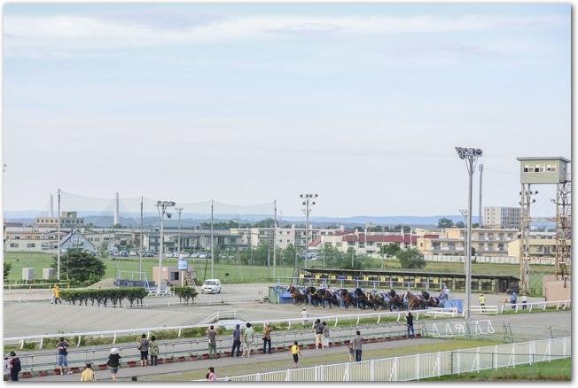 ばんえい競馬開催中の十勝帯広競馬場の様子