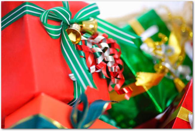 クリスマスのラッピングがされたプレゼント